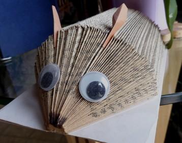 Atelier de sculture sur livres |